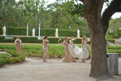 09-迈阿密-准备婚礼的新人