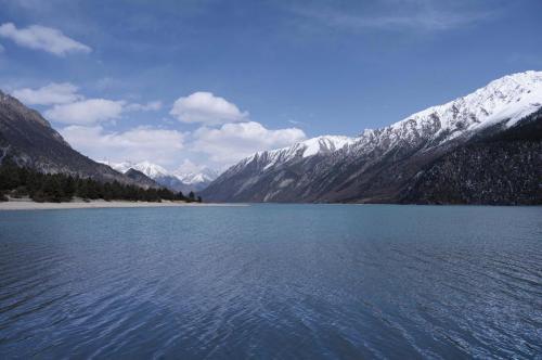 3 - 然乌湖